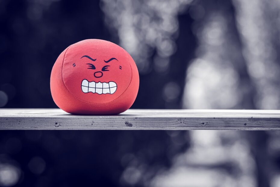 röd arg boll känner ilska